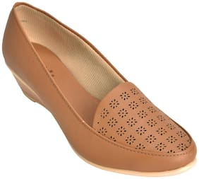 Ajanta Women's Formal Shoes - Tan