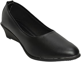 Alert India Footwear Women Black Heeled Bellies
