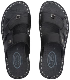 Asian Men 2700s Black Slippers & Flip-Flops