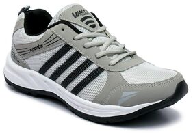 Asian Men Grey Running Shoes