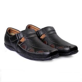 Bacca Bucci Men Black Sandals & Floaters