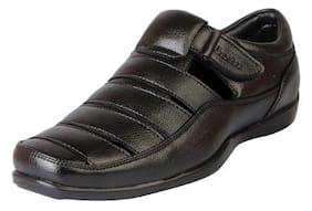 560c0d581e206 Bata Men s Outdoor Floaters and Sandals