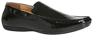 Bata Men Black Loafers
