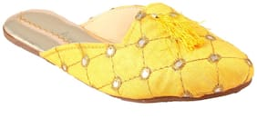 Gerief Handmade Embroidery Yellow Mules