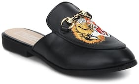 Truffle Collection Black PU Tiger Detailed Open Back Loafers