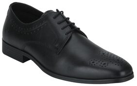 Bond Street Men Black Formal Shoes - Bss1121
