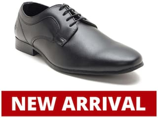 Bond Street by Red Tape Men Black Derby Formal Shoes - BSS0731