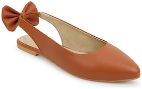 Scentra Women Tan Sandals