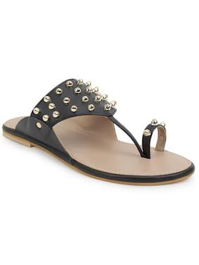 Scentra Women Black Sandals