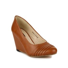 Bruno Manetti Tan Wedges
