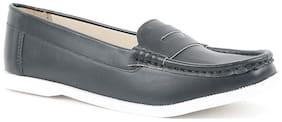 CarltonLondon Women Black Loafers