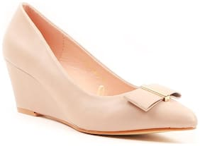 Carlton London Women Beige Bellie