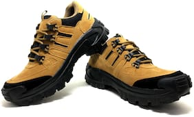 Castoes Men Tan Outdoor Boots - 550TNN