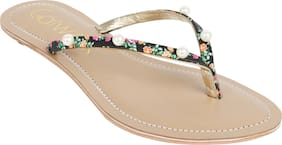 Catwalk Flats & Sandals Women Synthetic