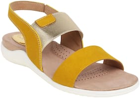 Catwalk Flats & Sandals Women Synthetic