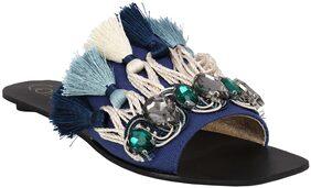Catwalk Women Blue Flipflops