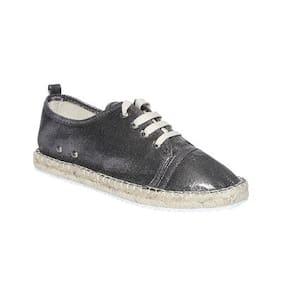 Catwalk Women Silver Casual Shoes