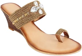 Catwalk Women Brown Heeled Sandals -