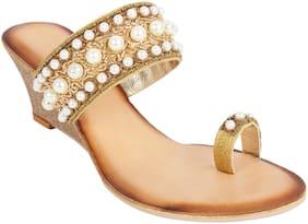 Catwalk Women Gold Heeled Sandals