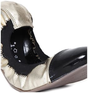 Catwalk Women Gold Bellie