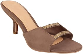Catwalk Women Beige Sandals