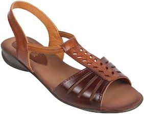 CatwalkBROWNSandalsFlats & Sandals