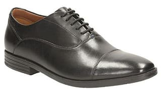 1d243b4e9 Buy Clarks Men Black Formal Shoes Online at Low Prices in India ...