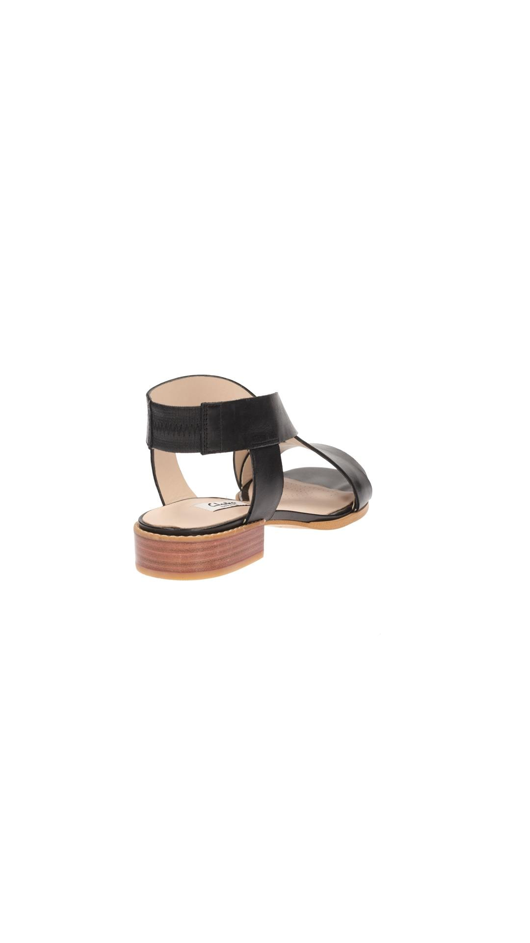 110c94951 Buy Clarks Bliss Meadow Black Leather Women Sandals   Floaters Online at  Low Prices in India - Paytmmall.com
