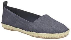 Clarks Women Blue Casual Shoes
