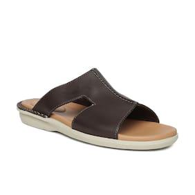 ea5ba6892d1ae Clarks Men BBSHOCL52158 Brown Sandals   Floaters