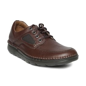 9fd2c92bf563 Clarks Men Brown Casual Shoes - 91261282897