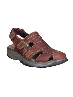 293948242785eb Clarks Sandals   Floaters Prices