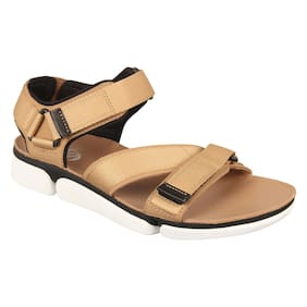 163a7def81855 Clarks Men Brown Sandals   Floaters - Casual Shoes