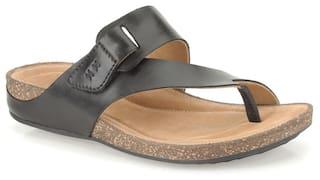 3791efd24839 Buy Clarks Women Perri Coast Black Leather Sandals Online at Low ...