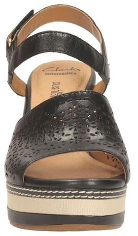3d994f8048f Clarks Women Zia Graze Black Leather Wedge