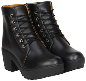 Commander Women Black Ankle length Boots