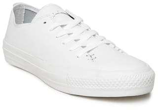 eebb31f84458 Buy Converse Unisex White Sneakers Online at Low Prices in India ...