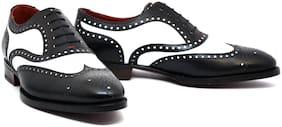 COSTOSO ITALIANO Men Black & White Oxford Formal Shoes
