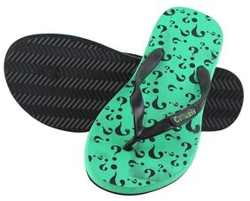 CRAZEIS Men Green Flipflop