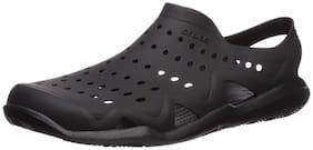 Crocs Black Sandals & Floaters For Men