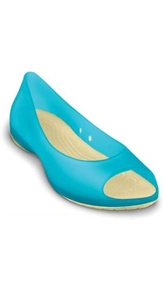 816b373f0c240 Buy Crocs Carlie Flat Women Online at Low Prices in India ...