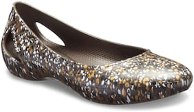 Crocs Women Brown Bellie