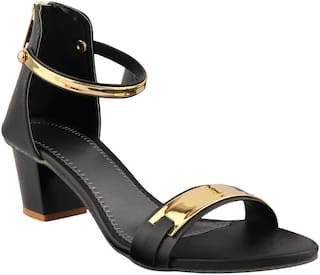 Do Bhai Women Black Heeled Sandals