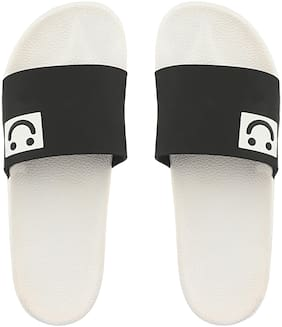 Do Bhai Men Black Flip-Flops -