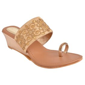 Do Bhai Women Gold Wedges