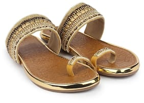Do Bhai Golden Sandals