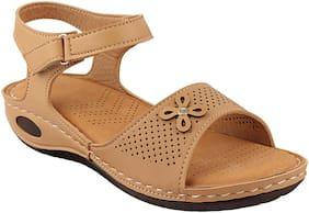 Do Bhai Women Tan Sandals
