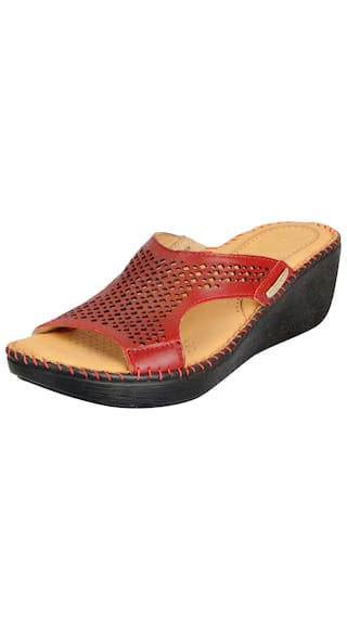 d2cb966d4 Dr.Scholls Women s Tan Leather Outdoor Mule Wedge Sandals and Floaters
