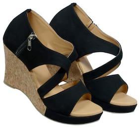D. TOX FOOTWEAR Women Black Wedges