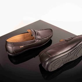 Men Brown  Loafers